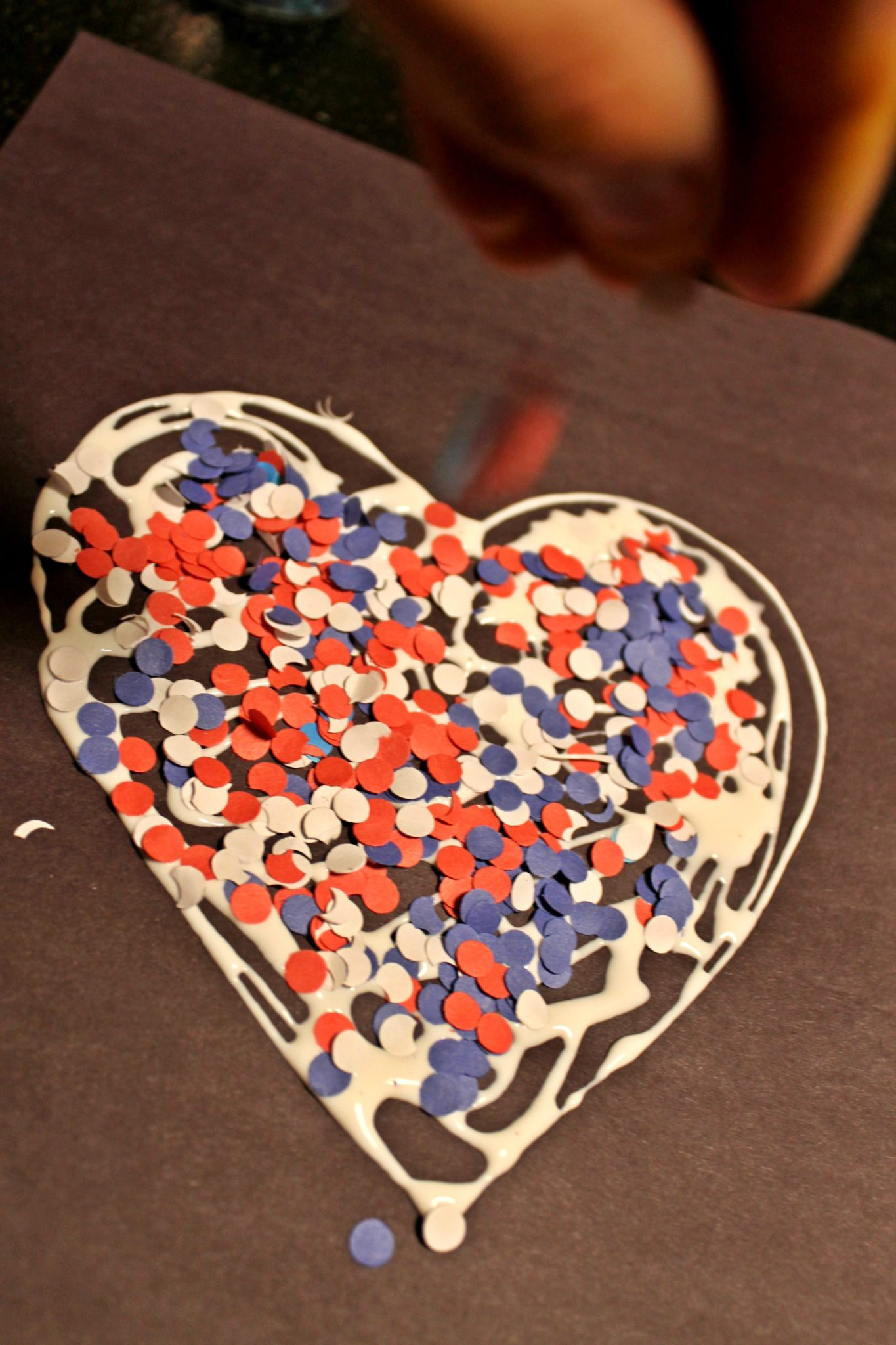 hole punch red  white  u0026 blue heart  u2013 the pinterested parent